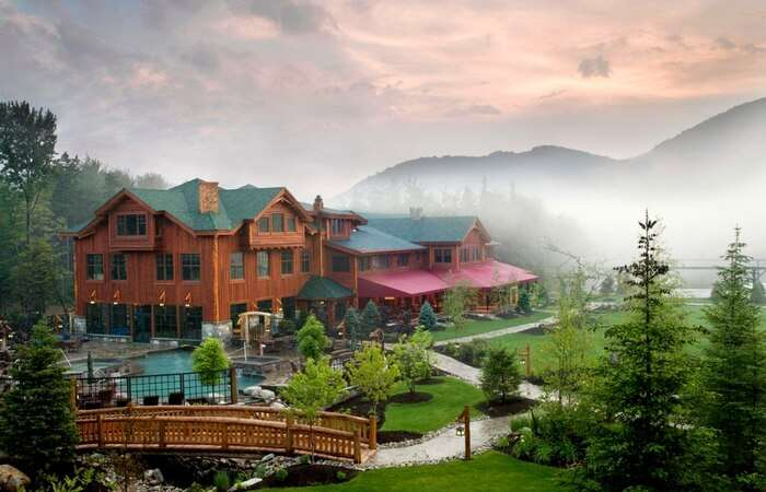 The glorious view of Whiteface Lodge in the USA