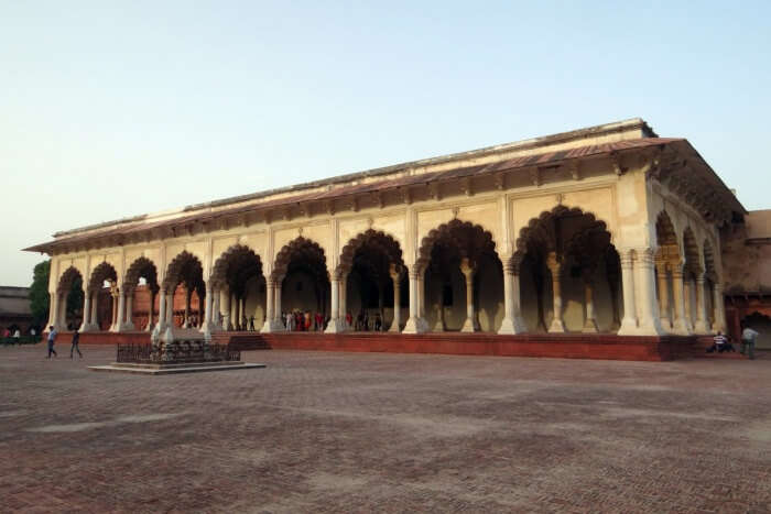 best places to visit near Agra