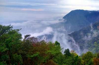 mountains of Agumbe covered in mist