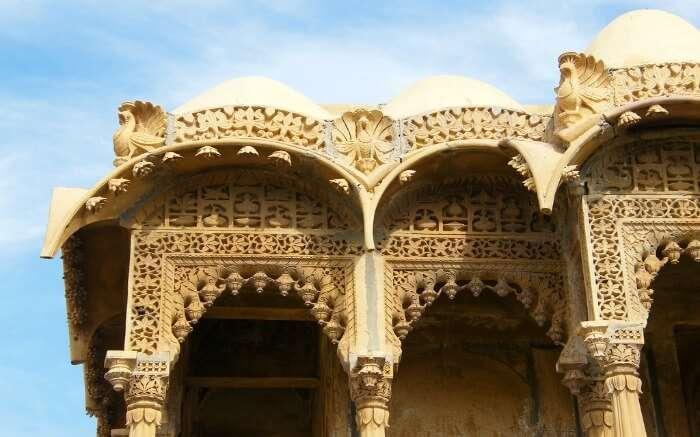 the gorgeous architecture of Salim Singh ki Haveli, Jaisalmer