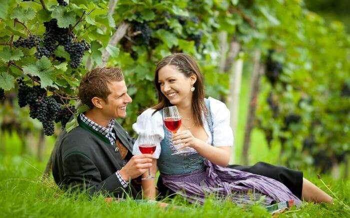 couples having wine