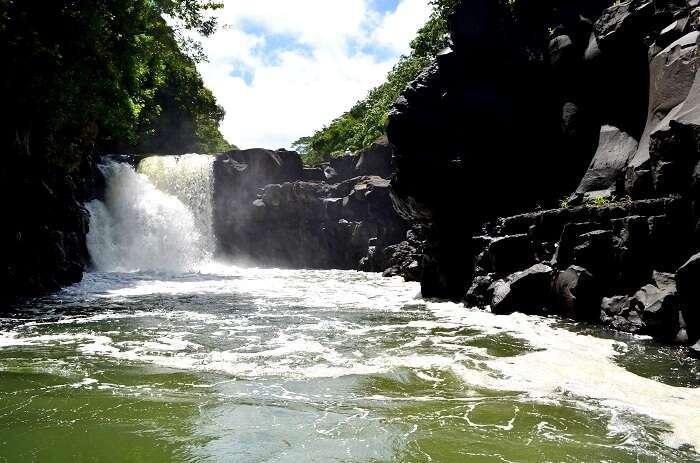 waterfalls near mauritius