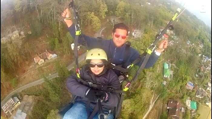 paragliding near darjeeling