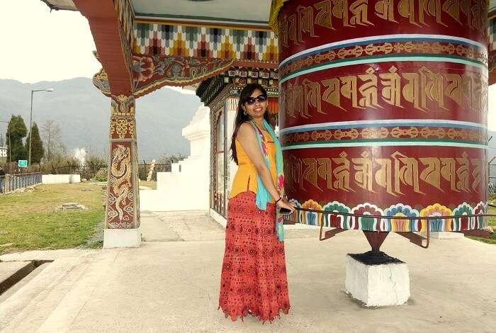 monali n friends at monastery in bhutan