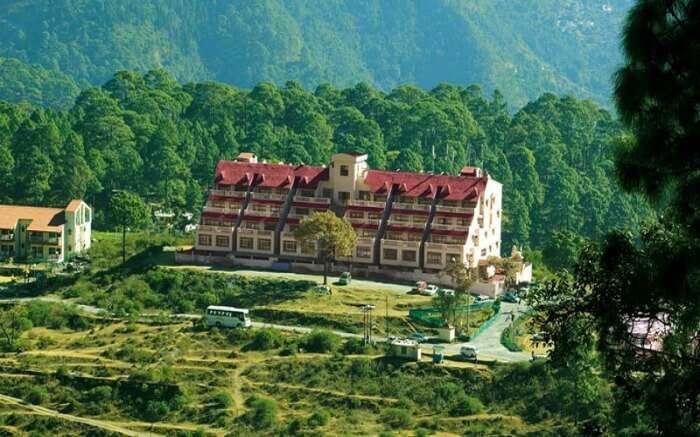 A view of a beautiful resort in Khurpatal