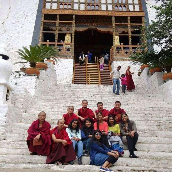 monali and her friends in bhutan