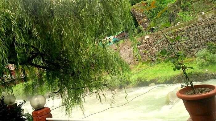 river stream in ladakh