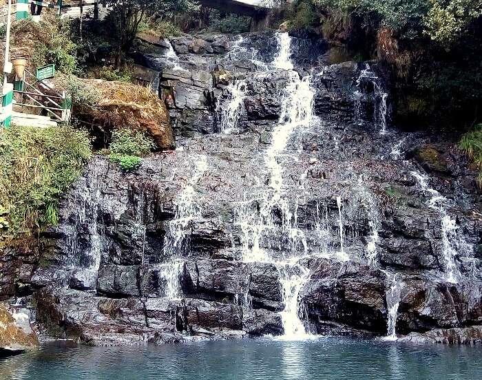 waterfalls near cherrapunjee