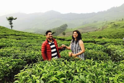 revan aarti kerala munnar together