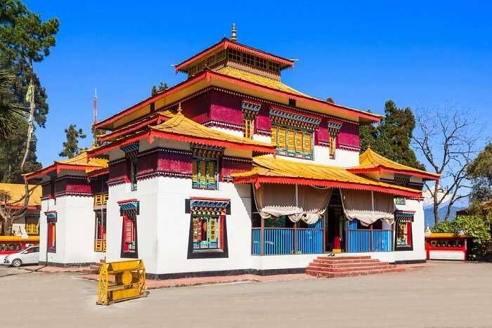 visit enchey monastery in sikkim