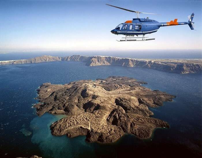 helicopter tour in santorini