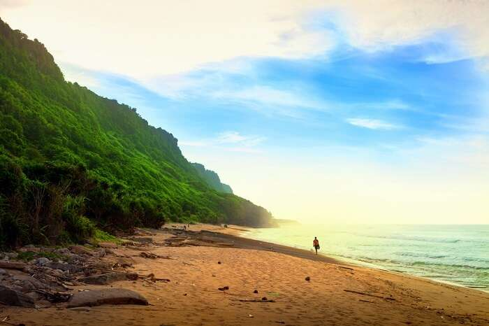 take a stroll at nyang nyang beach