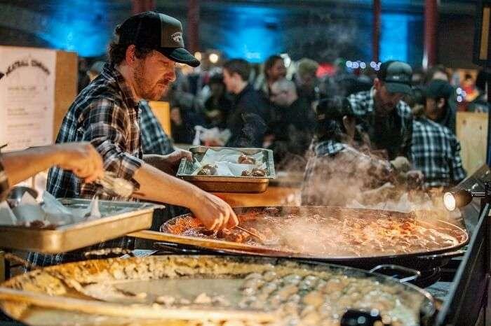 enjoy the street food of queen victoria night markets