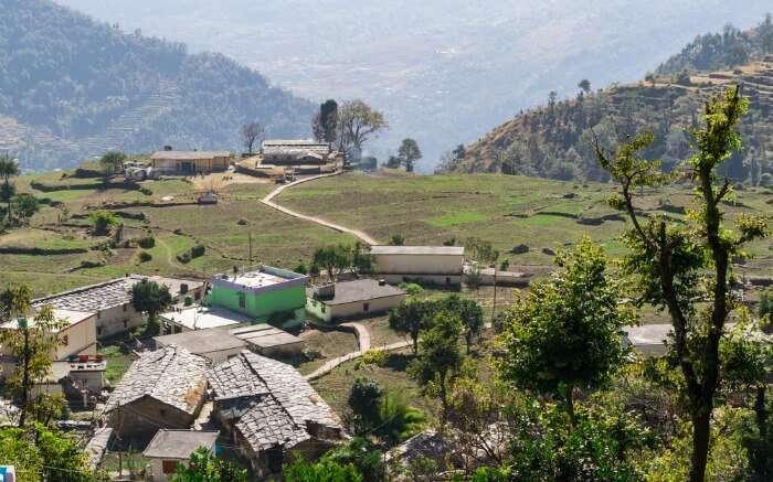 An aerial view of the Sari Village in the Chandrashila Peak Trek