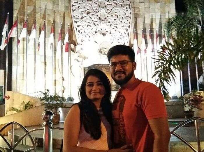 nirav & his wife enjoying bali trip