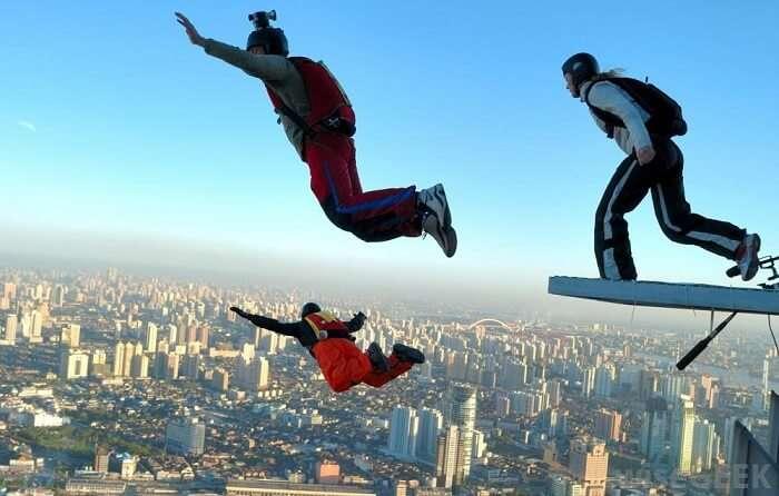 base jumping in Dubai