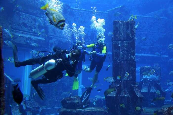 take an underwater tour at Lost Chambers