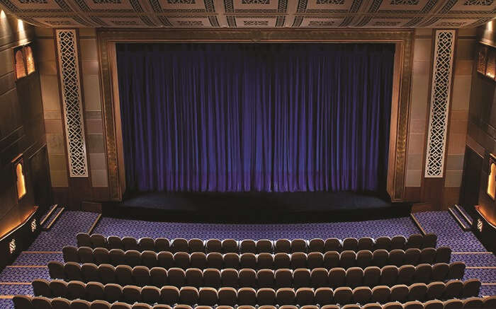 watch opera at The Madinat Theatre