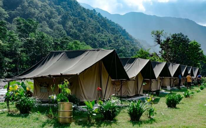 A camp in Rishikesh tucked in the mountains