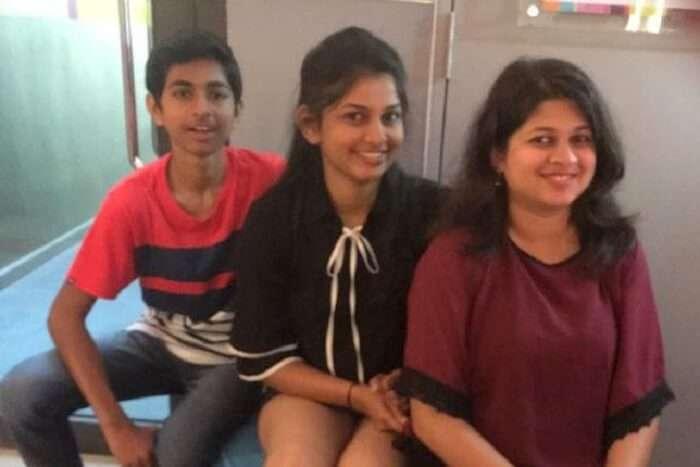 saurabhi singapore family trip: saurabhi sister enjoying at chinatown with family