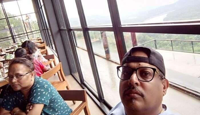 famous restaurant in sri lanka