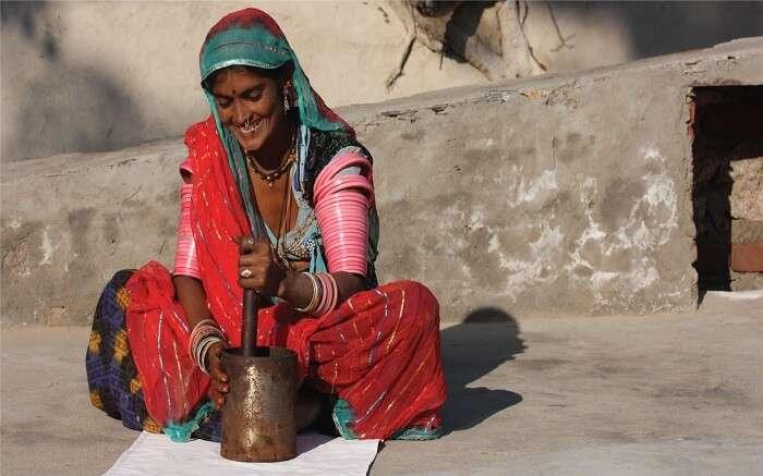 Local woman in Lakshman Sagar Rajasthan
