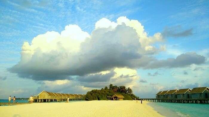 sandbar in maldives
