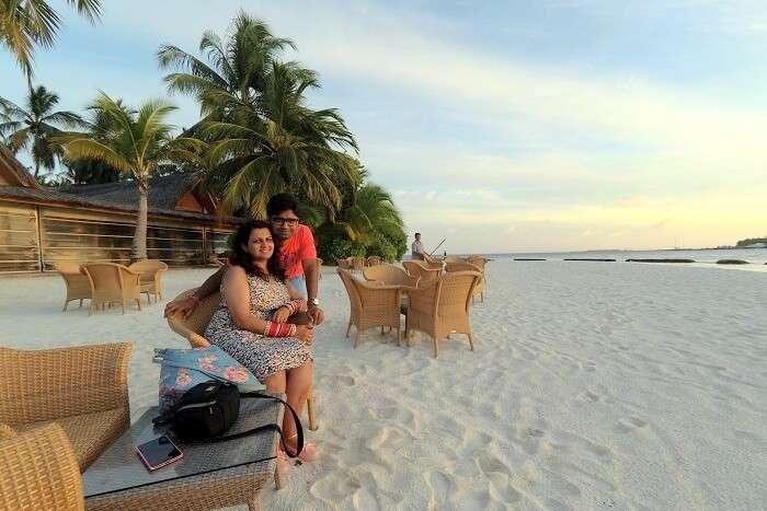 beach cafe in maldives