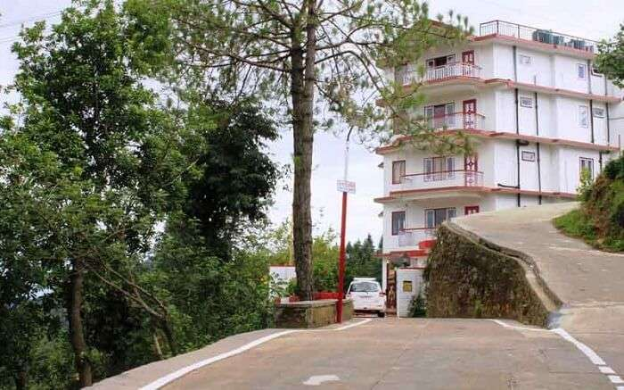 A view of the road leading to Sunrise Villa in Shoghi