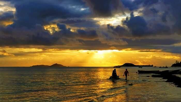 sandeep seychelles trip: mahe sunset