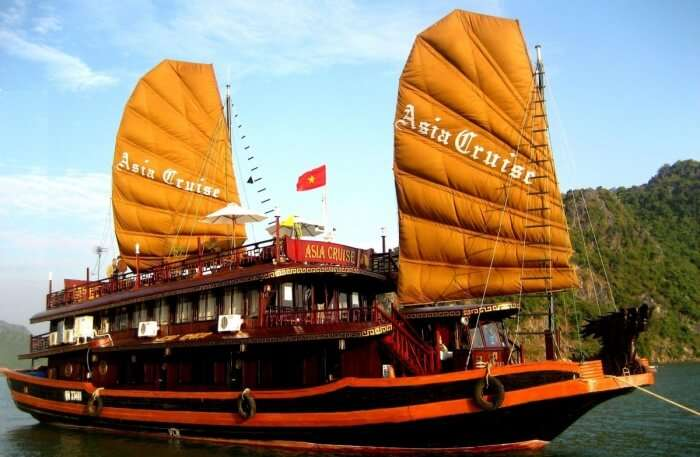 Indochina Junk Dinner Cruise
