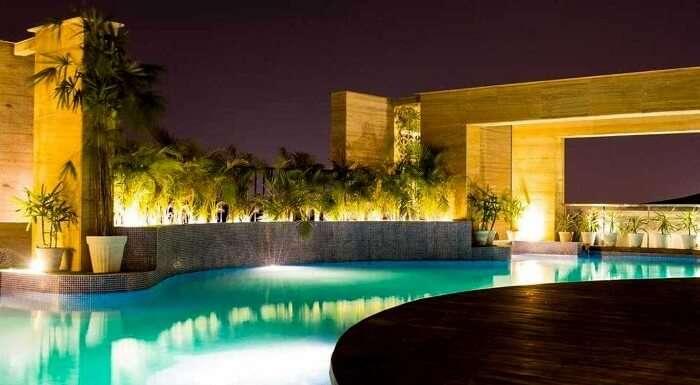 idea hotel outdoor pool