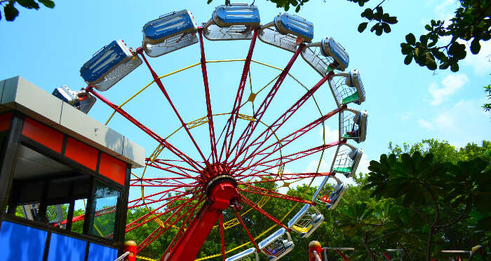 A swing in Essel world Mumbai