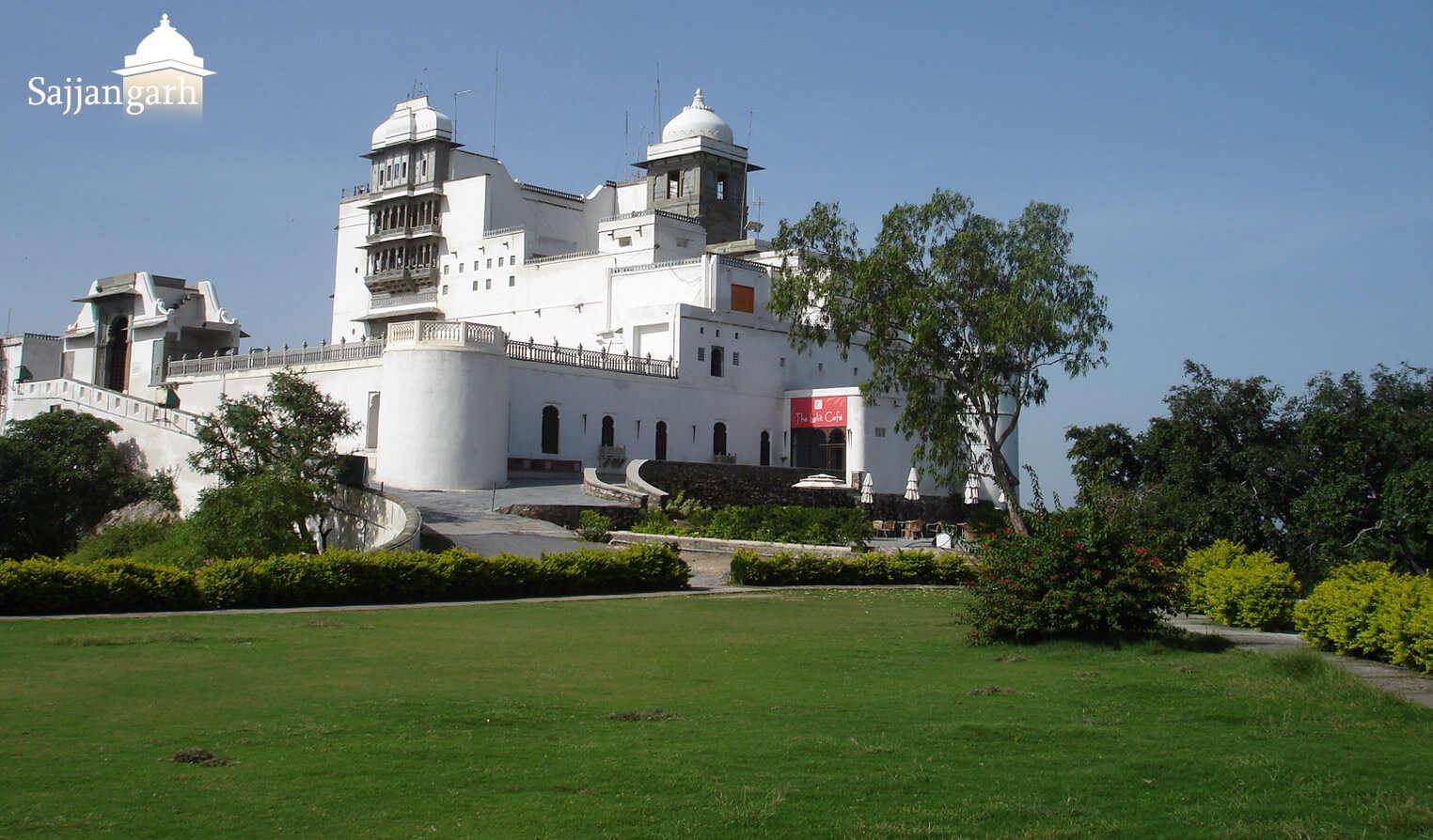 sajjangarh_monsoon_palace