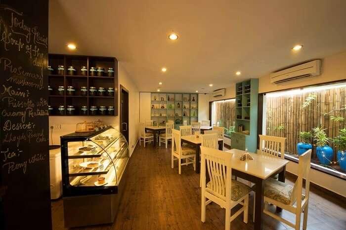 Lloyds Tea House Chennai