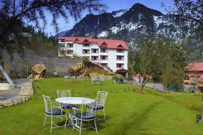 Apple Country Resort in manali