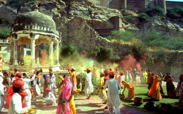 acj-1002-rajasthani-holi (1)