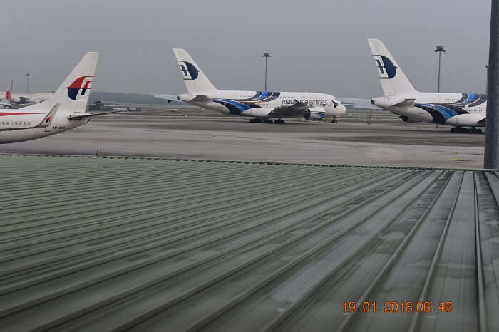 plane at bali airport