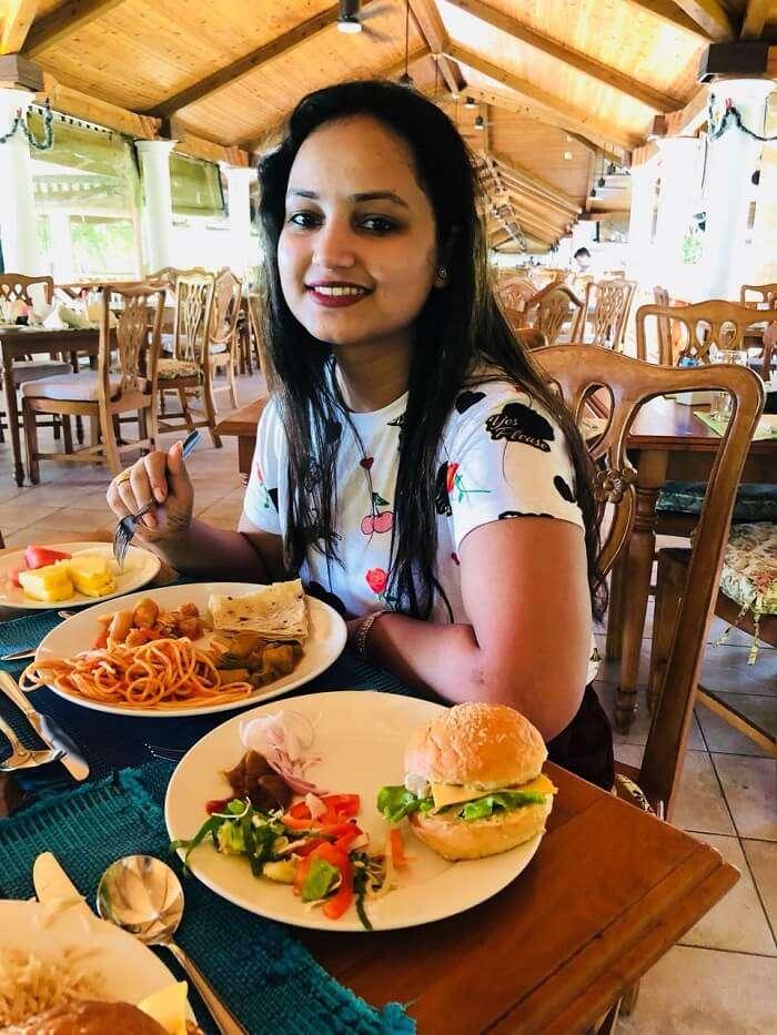 things to eat at sun island resort
