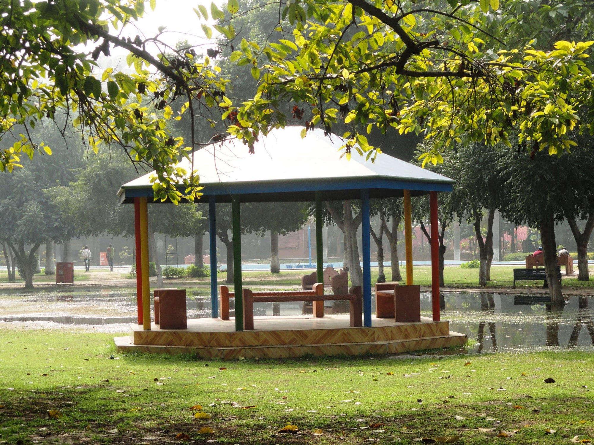 Leisue valley park in gurgaon