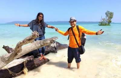 couple enjoying in andaman
