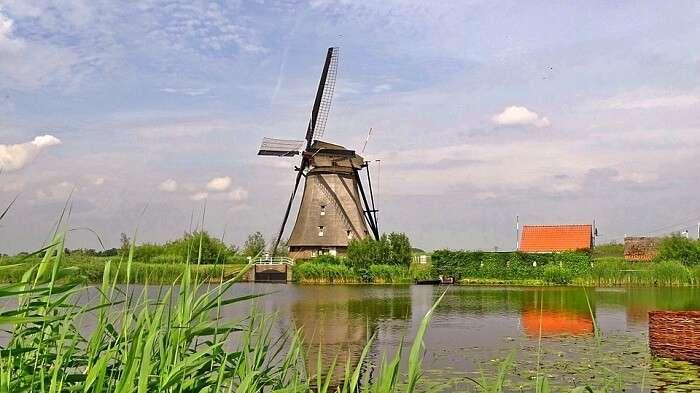 windmills in netherlands