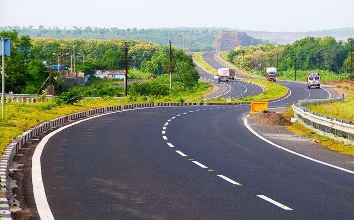 Delhi-Mumbai Super Expressway