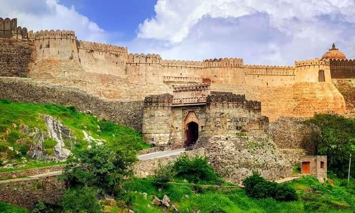 gates of kumbhalgarh fort