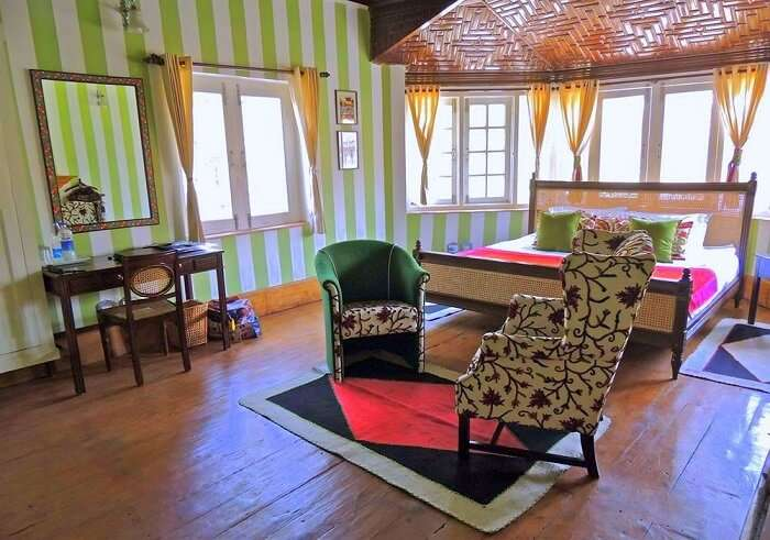 stay at Colonel's Retreat jammu