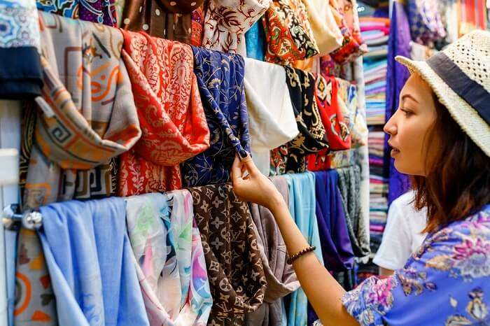 44d04792377 10 Places For Shopping In Jammu For A Unique Experience