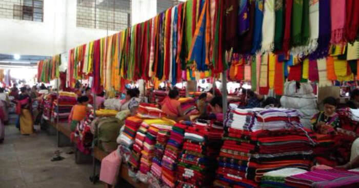 womens market in manipur