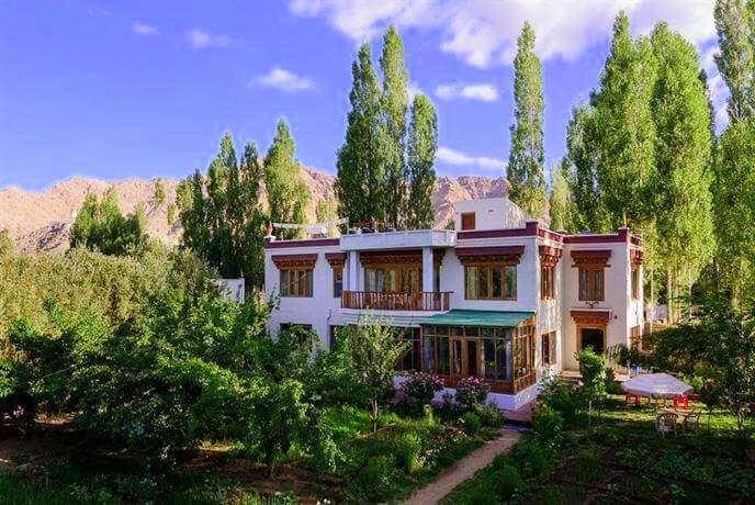 stay in ladakh at Niri-La Ladakh Guest House