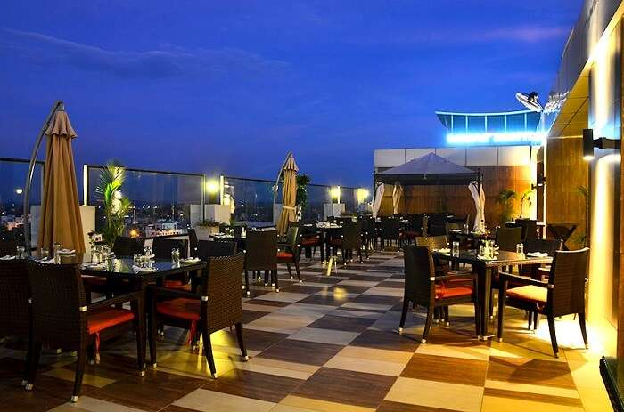 20 Best Restaurants In Lucknow To Eat A King Size Meal