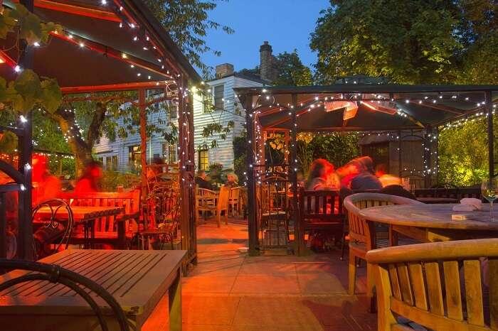 The Spaniards Inn seating area in london